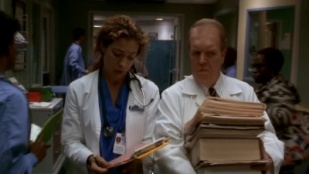 ER 05x07 : Hazed and Confused- Seriesaddict